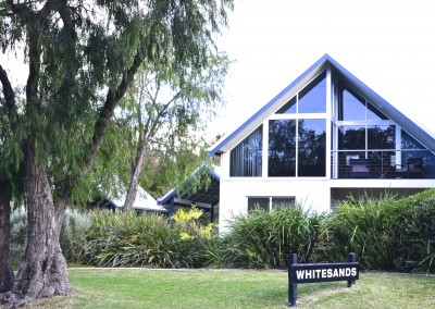Beautiful inside and out with plenty to do in the surrounding area with beaches and Margaret River.