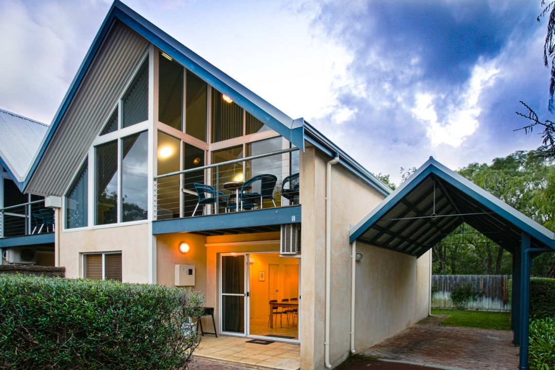 Beach accommodation Dunsborough WA